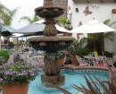 california-restarunt-fountain